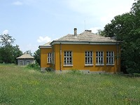 Former school for sale near Popovo