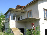 House with huge yard in Yambol area in Yambol