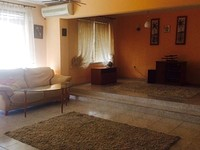 Huge five room apartment for sale in Ravda
