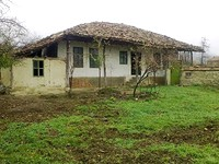Plot of land with an old building near Veliko Tarnovo