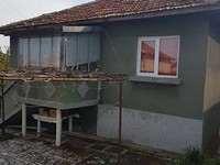 Rural house for sale 30 km from the sea