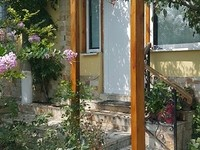 Small lovely house for sale close to Varna