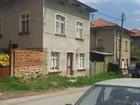 Two storey house for sale in the Troyan Balkan