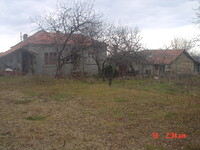 Village House With Huge Yard Near Varna