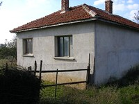 Small house for sale near Elhovo