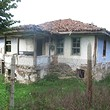 Old house for sale near Sredets