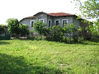 Beautiful House With 6000 Sq.m Garden Near Stara Zagora in Stara Zagora