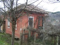 House With 500 Sq M Garden in Pleven