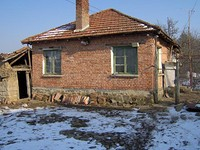 Small brick house for sale near Sredets